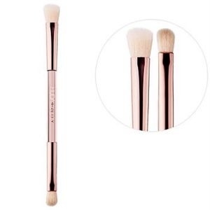 HUDA BEAUTY Build & Blend Dual-End Eyeshadow Brush